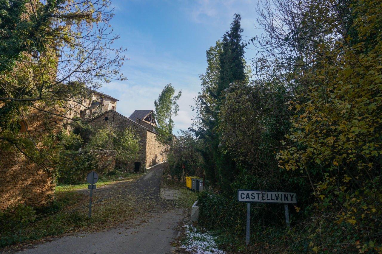 Entrada a Castellviny